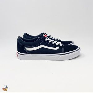 NEW! Vans black and white classic